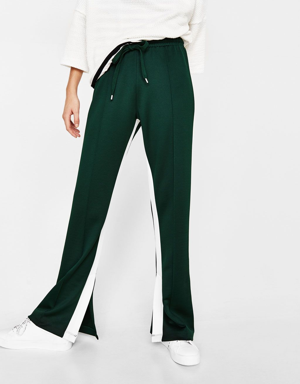 f3e1e372b922cc Wide-leg trousers with side stripes - Bershka #fashion #product #stripes  #green #girl #trend #trendy