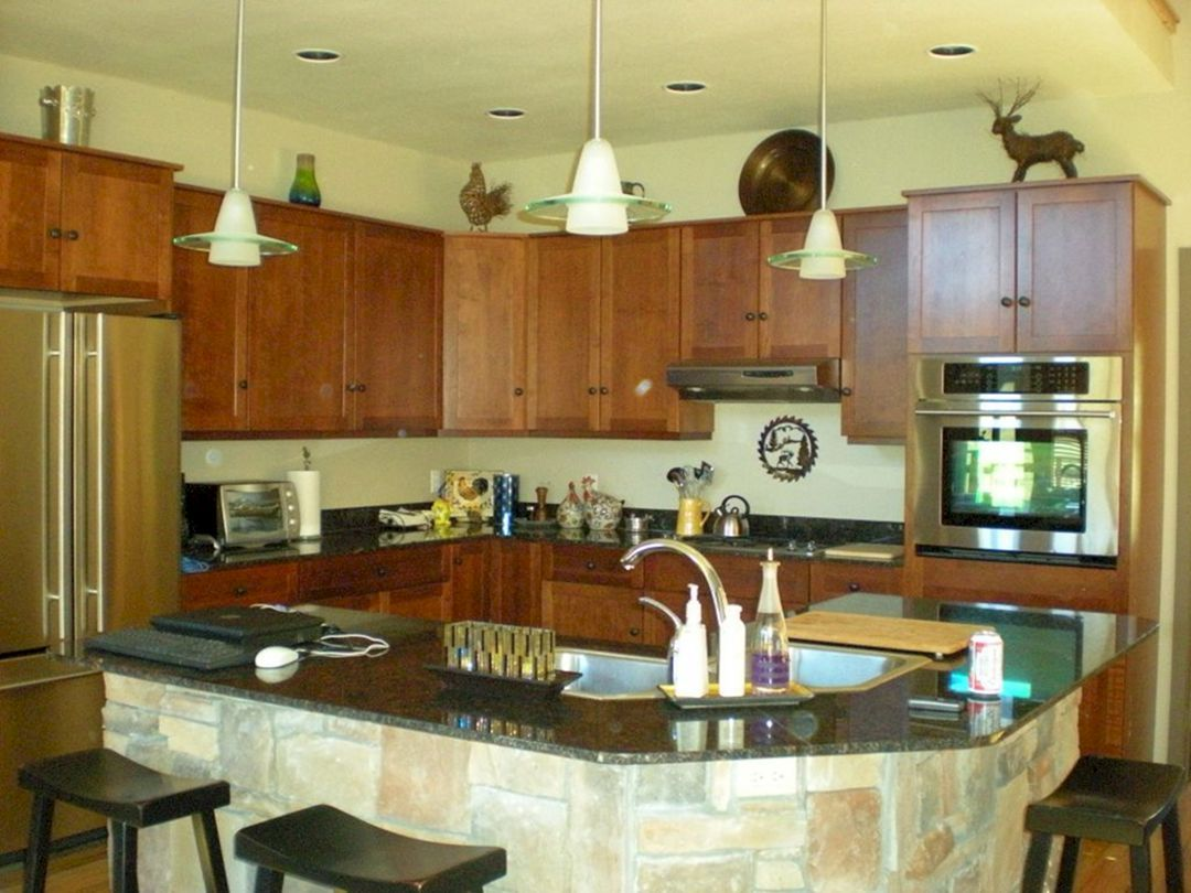 Best 25 Kitchen Island With Sink And Seating Ideas Trending 2018 ...