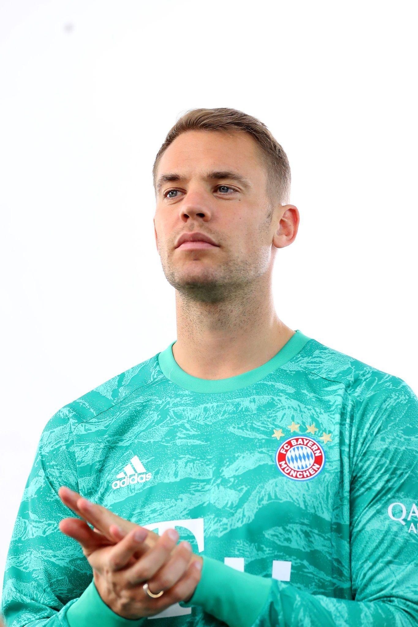 Pin On My Love Manuel Neuer Fc Bayern Munchen