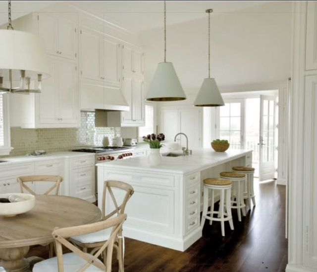 Hamptons style with sink in island bench kitchens for Hampton style kitchen stools
