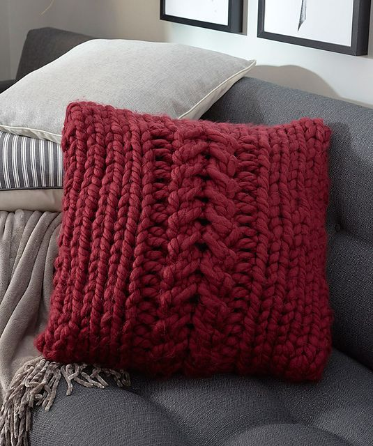 Oversized Cable Pillow In Bulky Yarn Free Knitting Pattern Knit