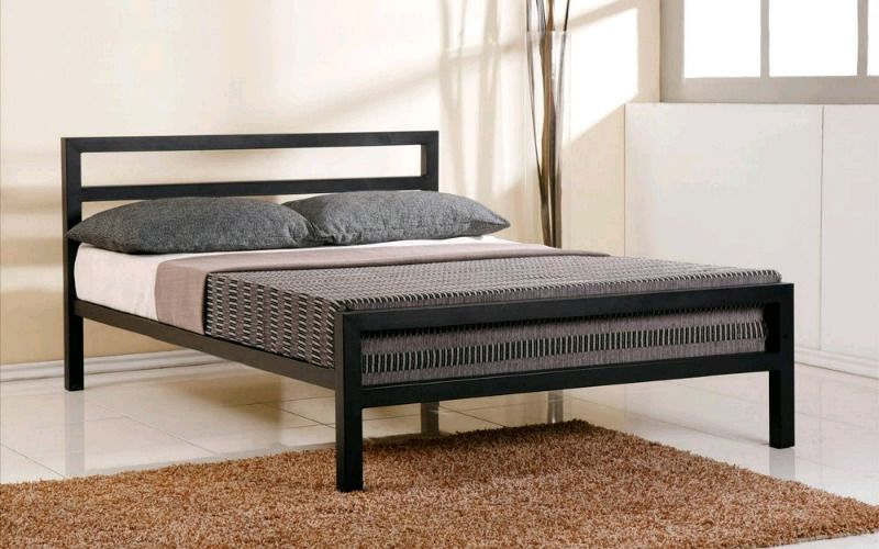 Modern Metal Design Beds Www Houseofchairs Co Za In Paarl Image 1 Black Bed Frame Iron Bed Frame White Metal Bed