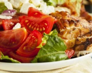 Cobb salad am ricaine l g re au poulet recette cuisine l g re du monde recette poulet - Cuisine legere au quotidien ...
