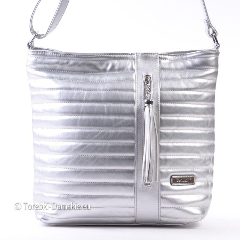 26ef754342806 Pikowana torebka w kolorze srebrnym - hit sezonu! http://torebki-damskie