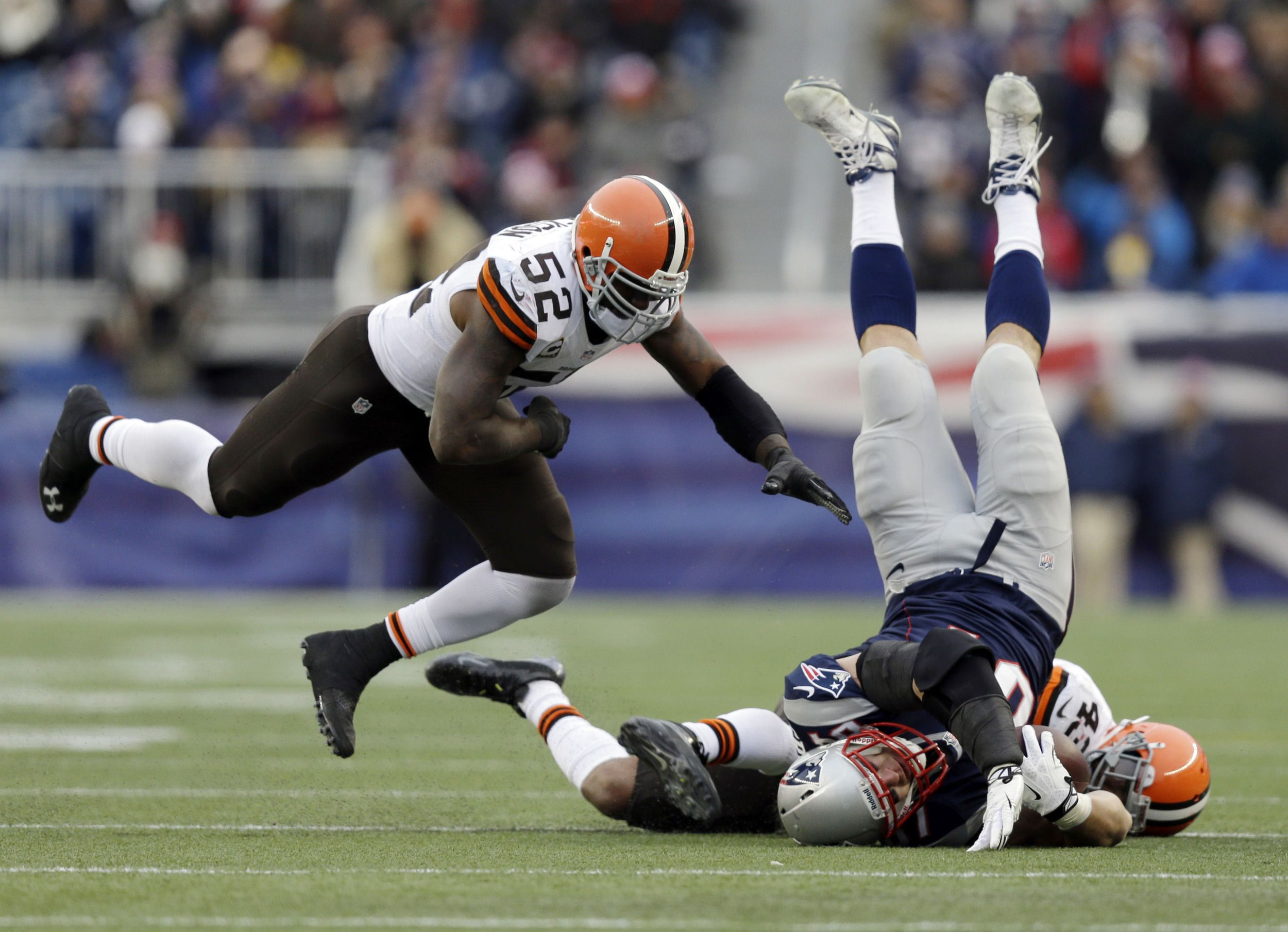 Cleveland Browns safety T.J. Ward (43) and linebacker D