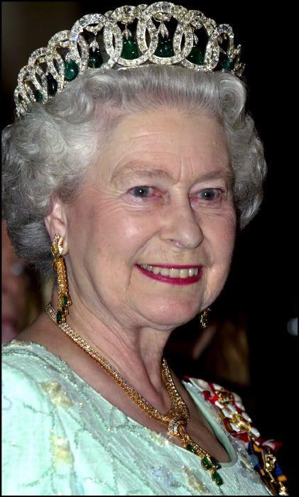 """MIS JOYAS REALES"": Tiara Vladimir - Casa Real de Reino Unido"