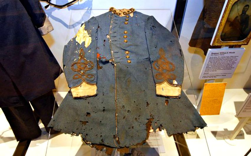 General Patrick Cleburne's Frock Coat Now on Display at The Museum of the  Confederacy | Civil war history, Civil war flags, War clothes