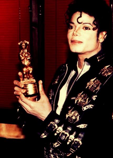 854307938be2f0c13eea8f9a718de52d Png 431 604 Michael Jackson Neverland Michael Jackson 1988 Michael Jackson