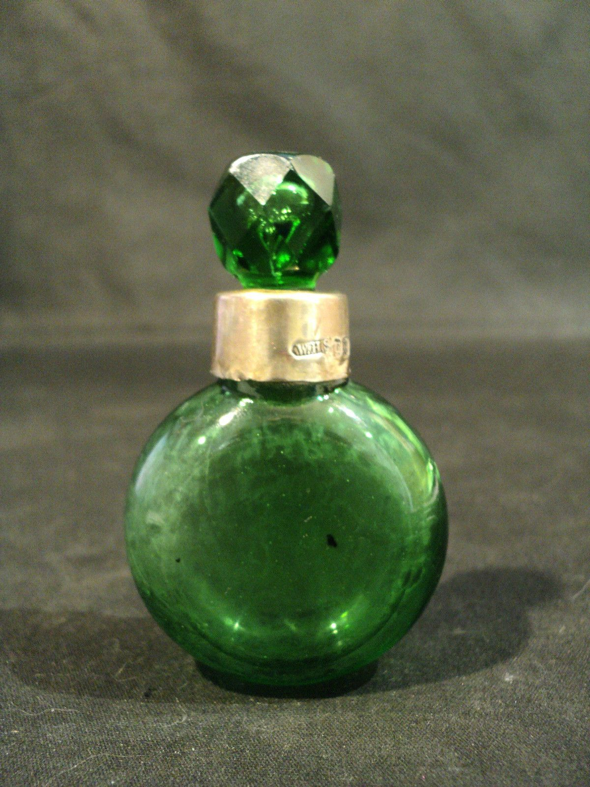 Emerald Green Glass Perfume Scent Bottle English Sterling
