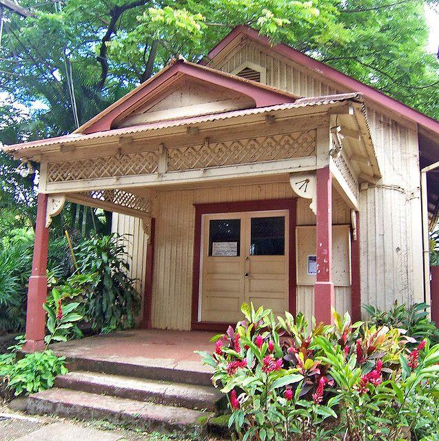 Plantation Cottage Vernacular architecture Kauai hawaii and