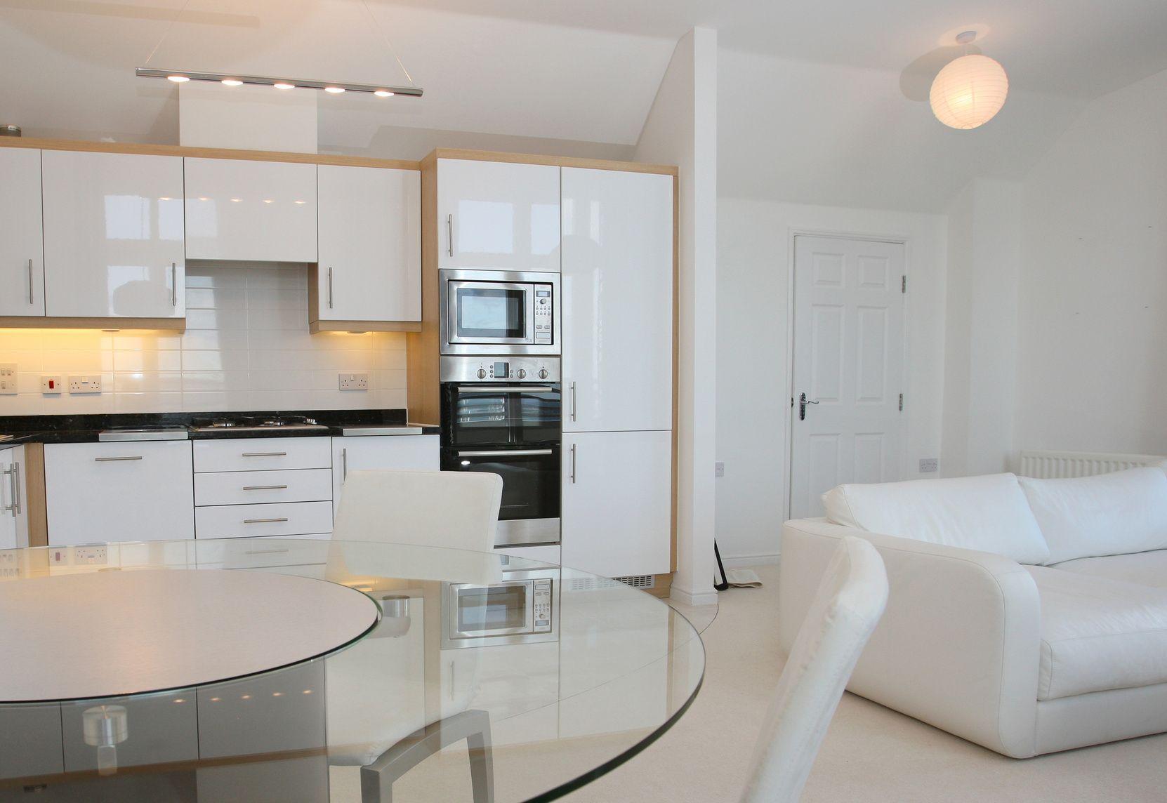 Moderne Wohnküchen moderne l förmige wohnküche mit großem essbereich offene