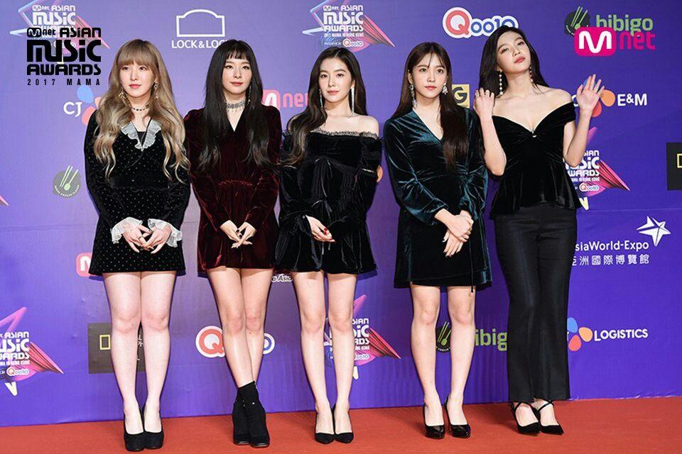 Red Velvet Red Carpet Mama 2017 In Hong Kong Mnetmama Kpop Red