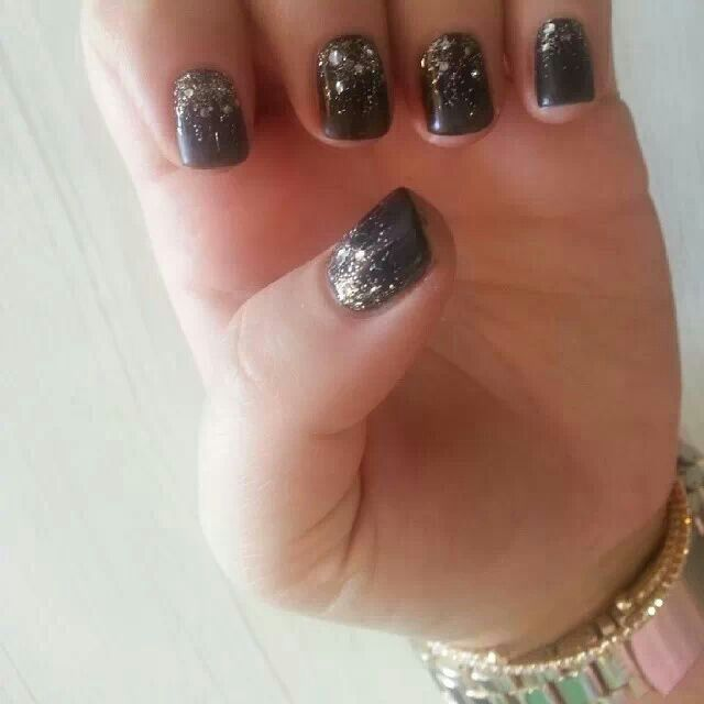 Matte black with glitter ombre