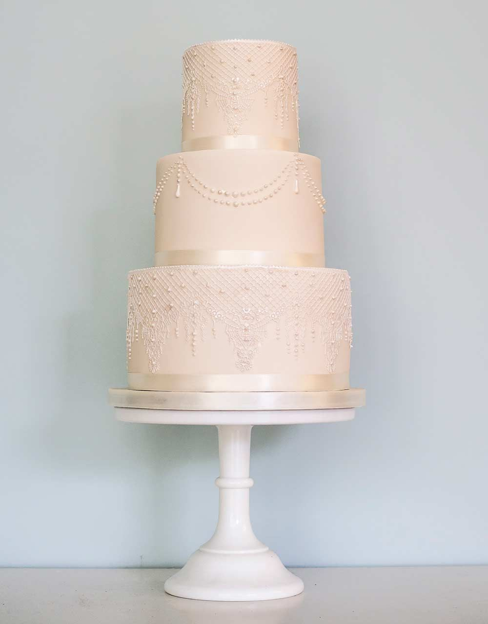 25 Lace Wedding Cakes That Will Take Your Breath Away | Lace ...