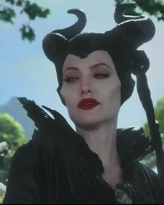 Disney S Maleficent Trailer With New Footage Movies