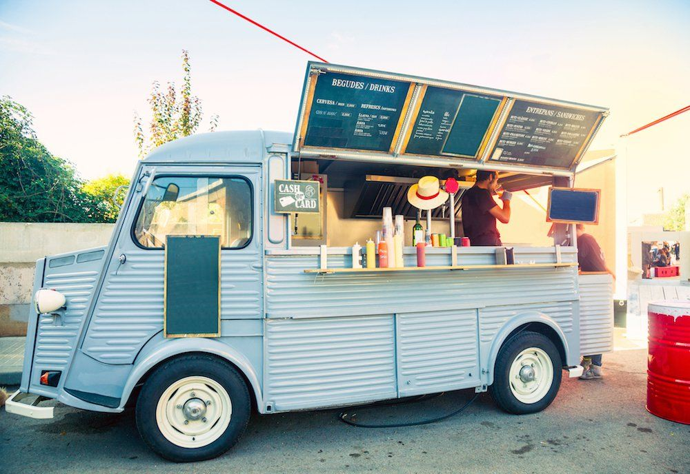 The 25 Best Food Trucks In Los Angeles Los Angeles Magazine Food Truck Catering Starting A Food Truck Food Truck For Sale