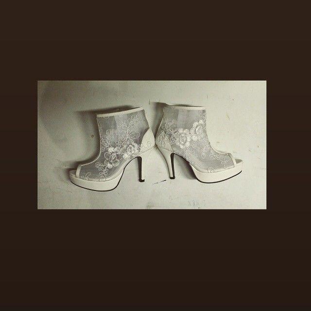 #Slumber #Customized #Bespoke #MadeToOrder #lace #shooties #bridalshoes #weddingshoes for the #bride Ms. Cyril Christine Marie De Guzman #MakeItMarikina #MadeInMarikina #MadeInThePhilippines #ChoosePhilippines #ChooseMarikina #shoemaker #FashionPurveyor #Roweliza #shoefactory #shoes