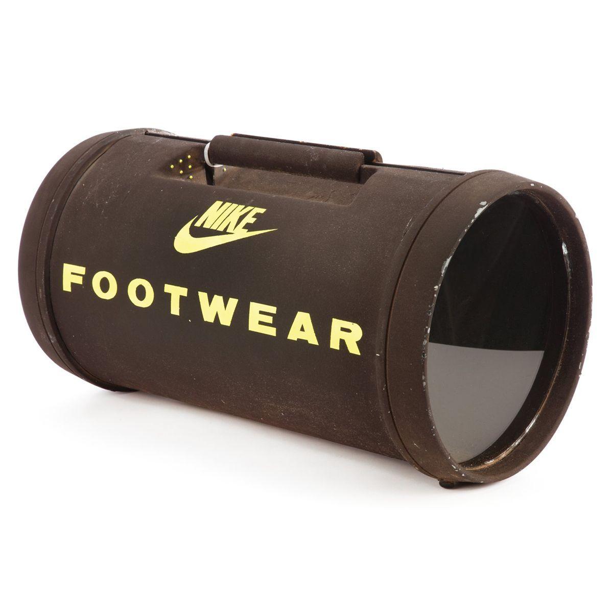 c22b37e97ea91 La Nike Air Mag de Marty McFly en route pour le futur!