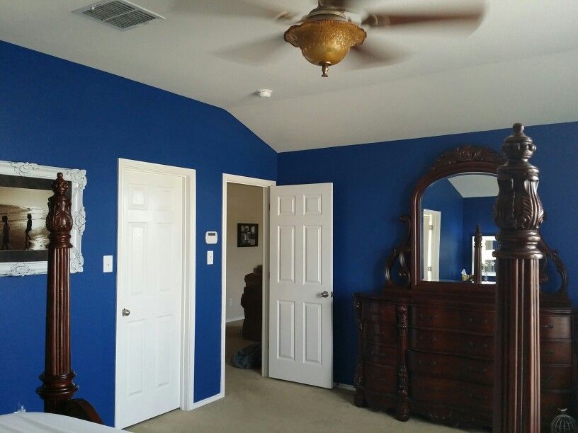 Blue paint by Benjamin Moore called Deep Royal Blue   Accessorize ...