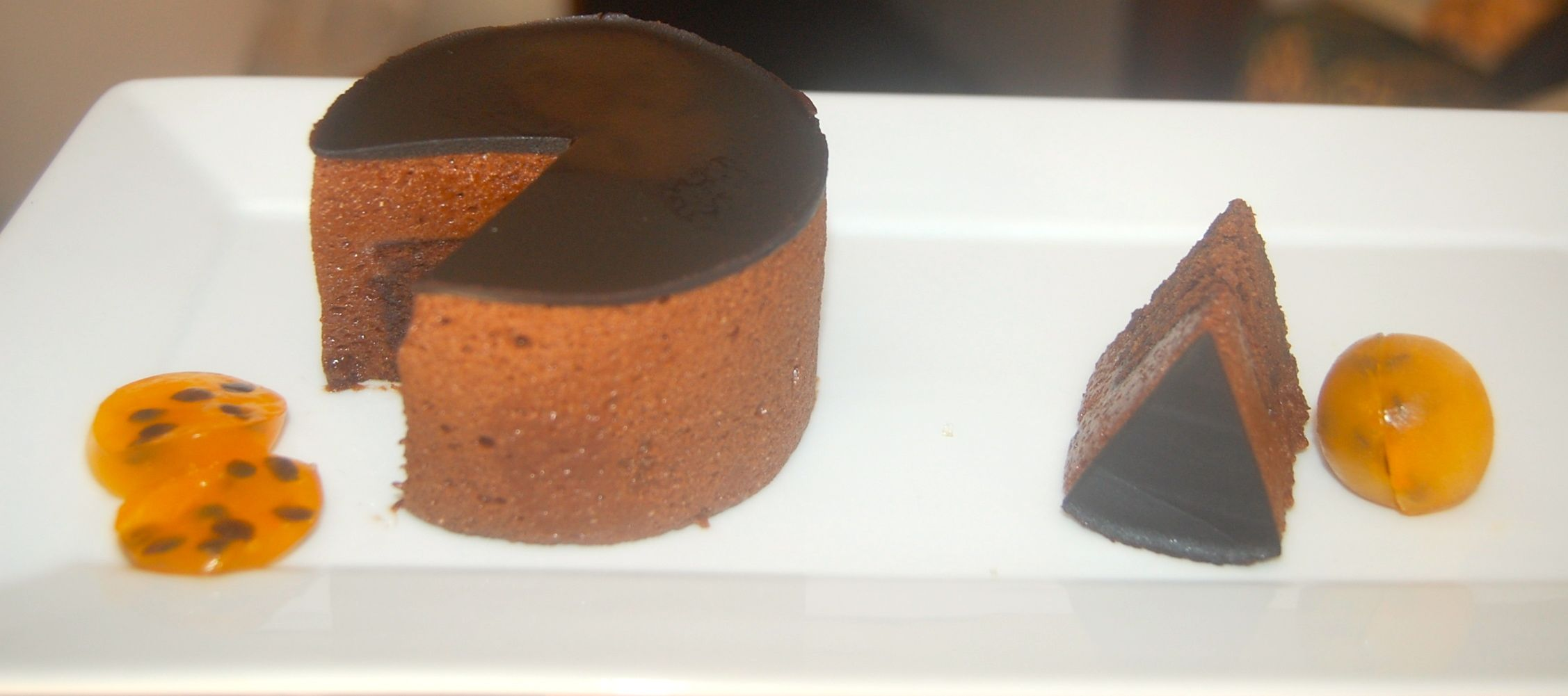 Marquise # trufado de chocolate#bavaroise de maracuyá.