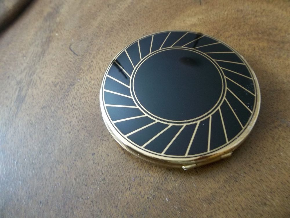 US $34.99 New in Collectibles, Vanity, Perfume & Shaving, Compacts