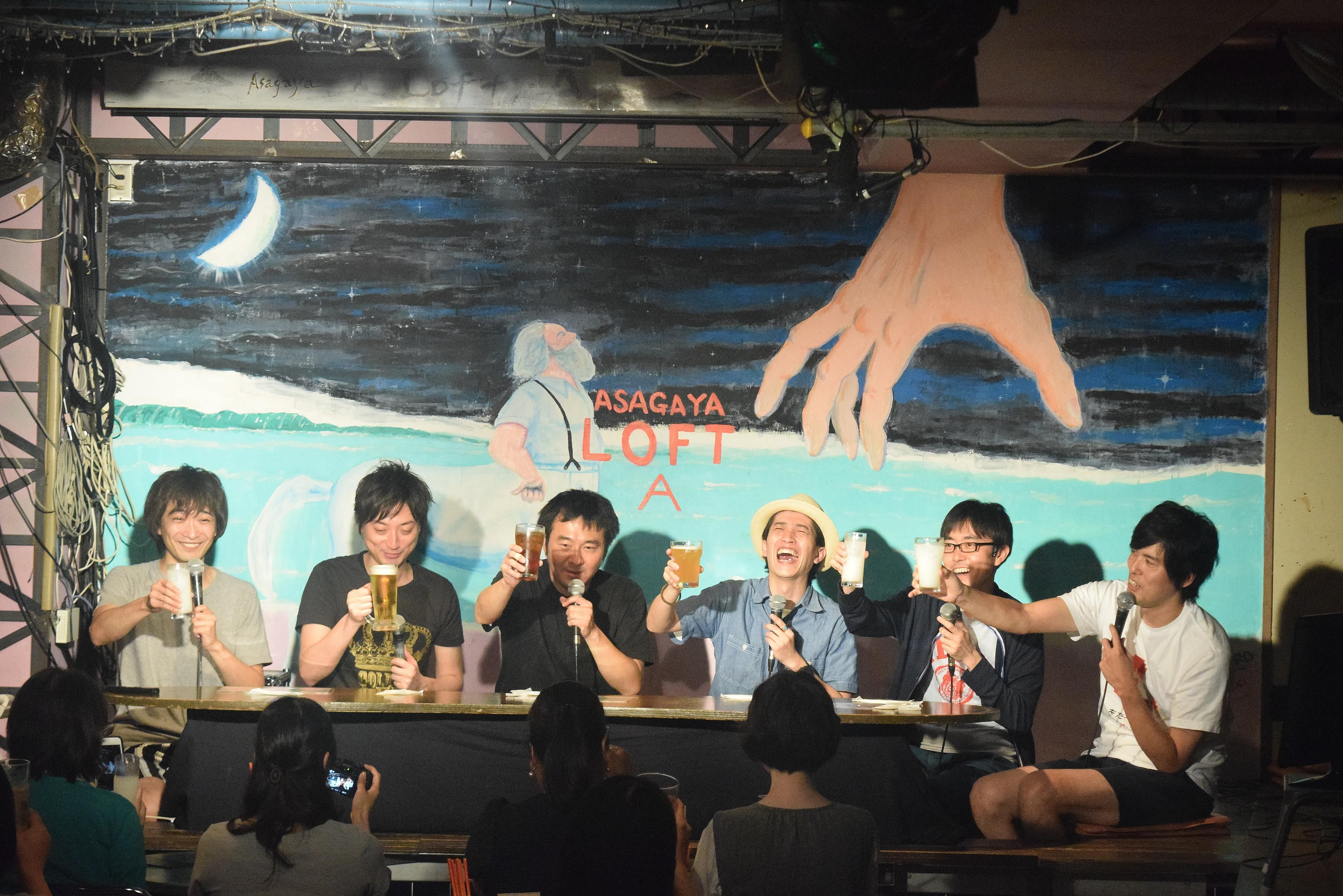 7月25日夜、東京都杉並区の阿佐ヶ谷ロフトAに、お笑いコンビとして活躍するザ・ギースの尾関高文と高佐一慈、ジ…