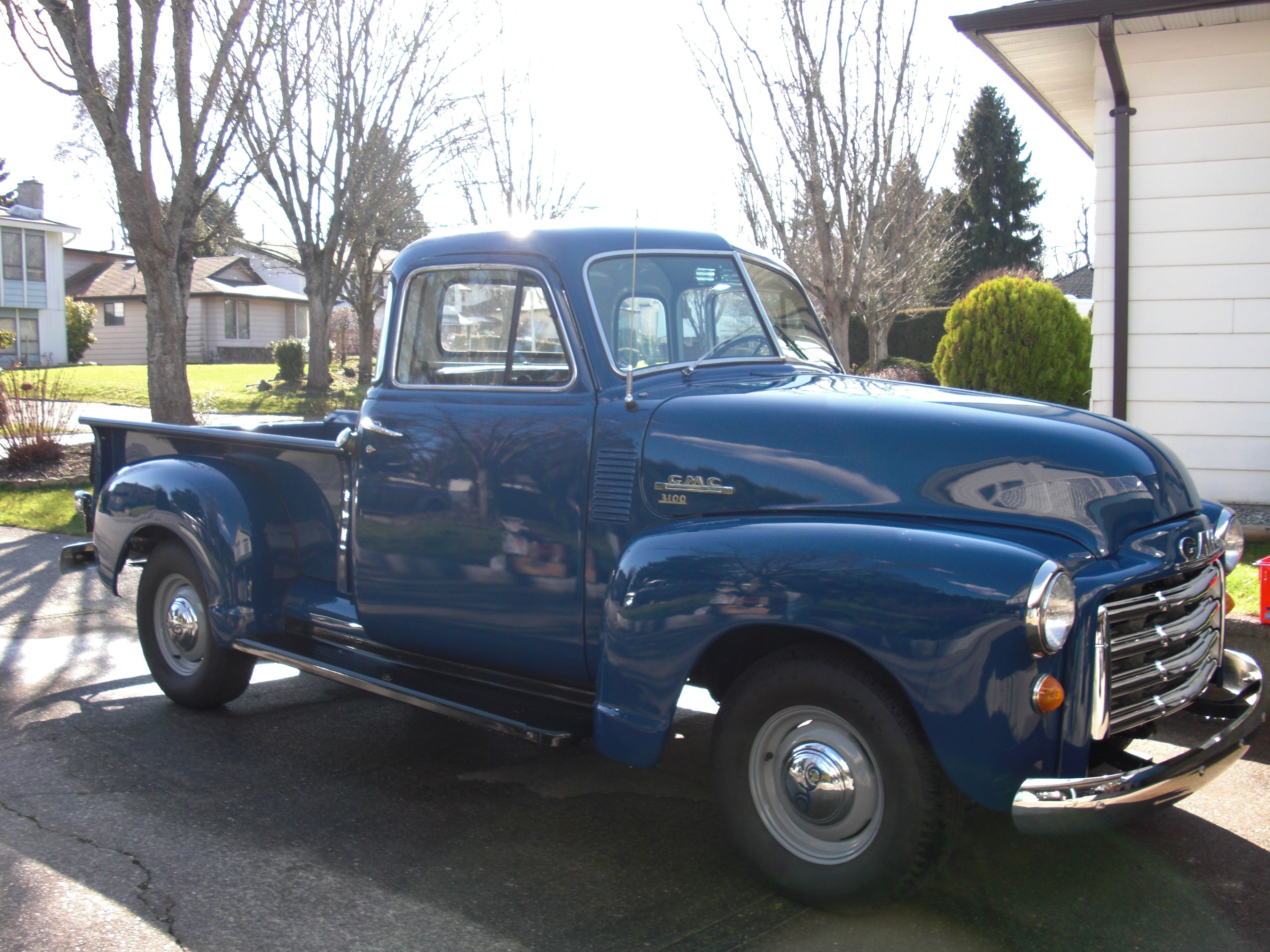 John's 1951 GMC Made in CANADA!! The USA models are