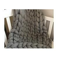 love this super chunky knit blanket (aff link)