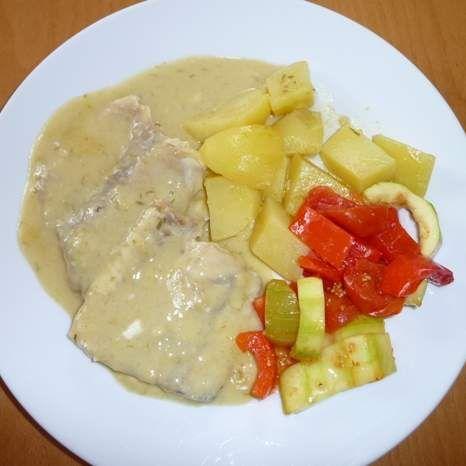 Fischwuerfel Gemuese Senf Sosse