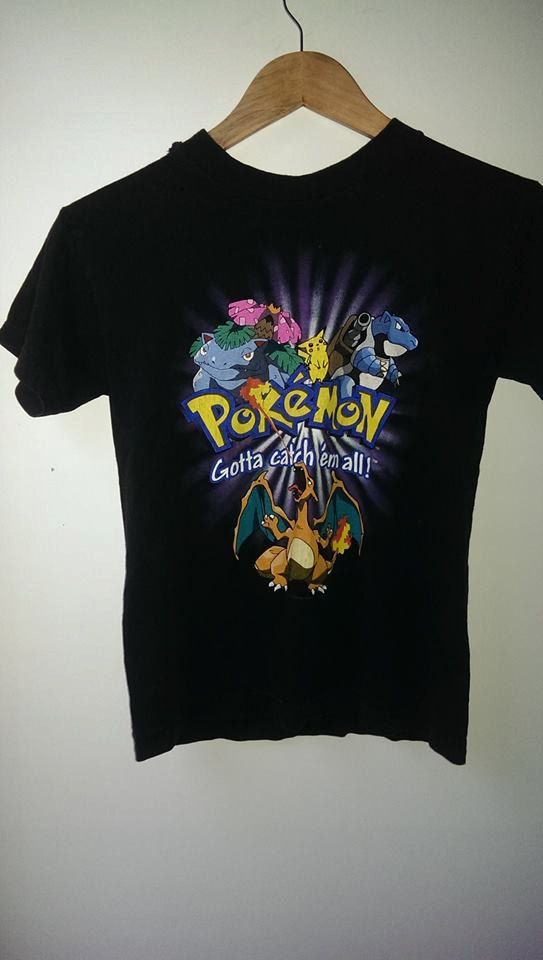 7ed92357 Vintage 90's Pokemon t shirt featuring charizard, squirtle pikachu ...