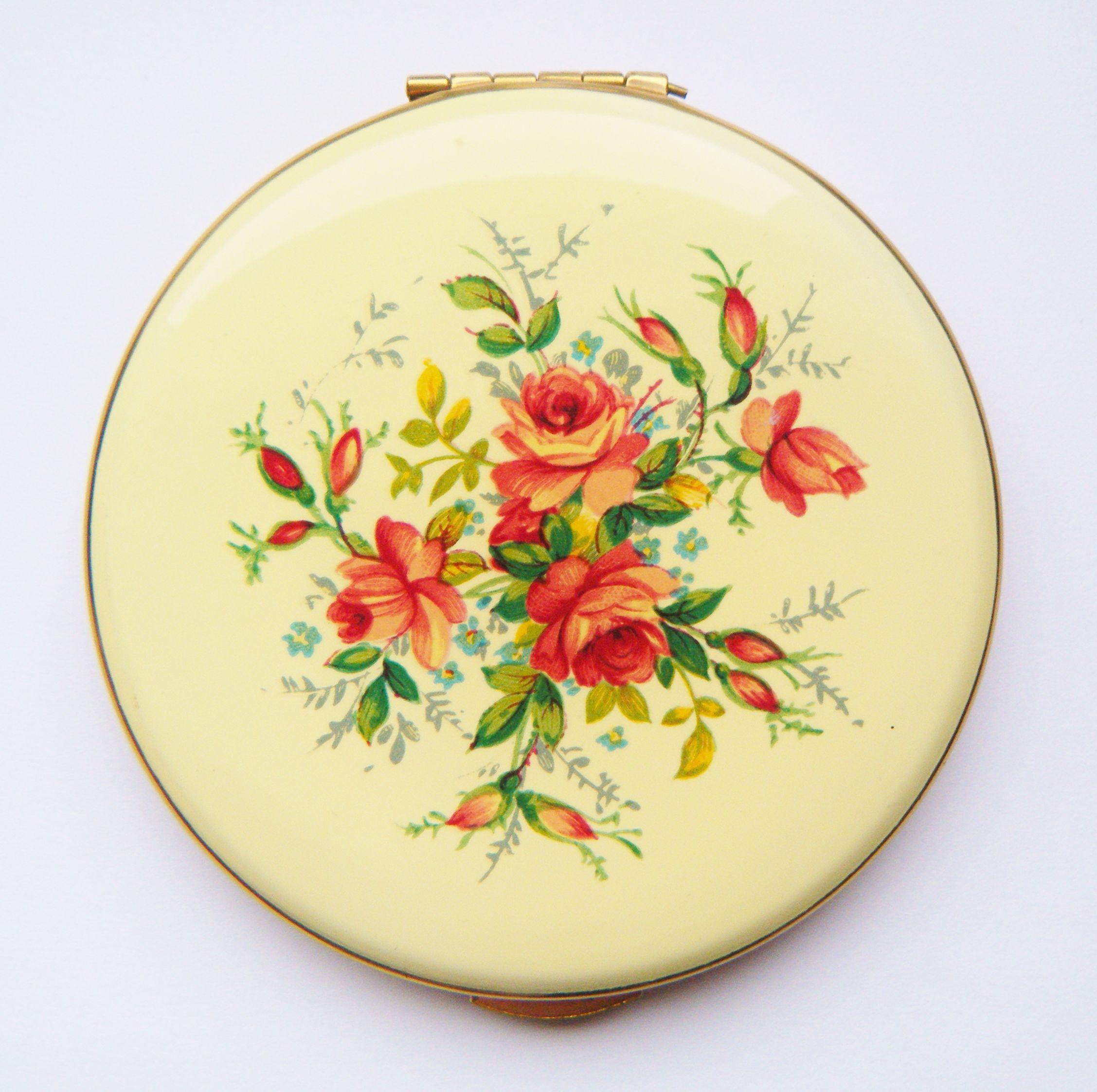 Kigu Floral Compact 꽃