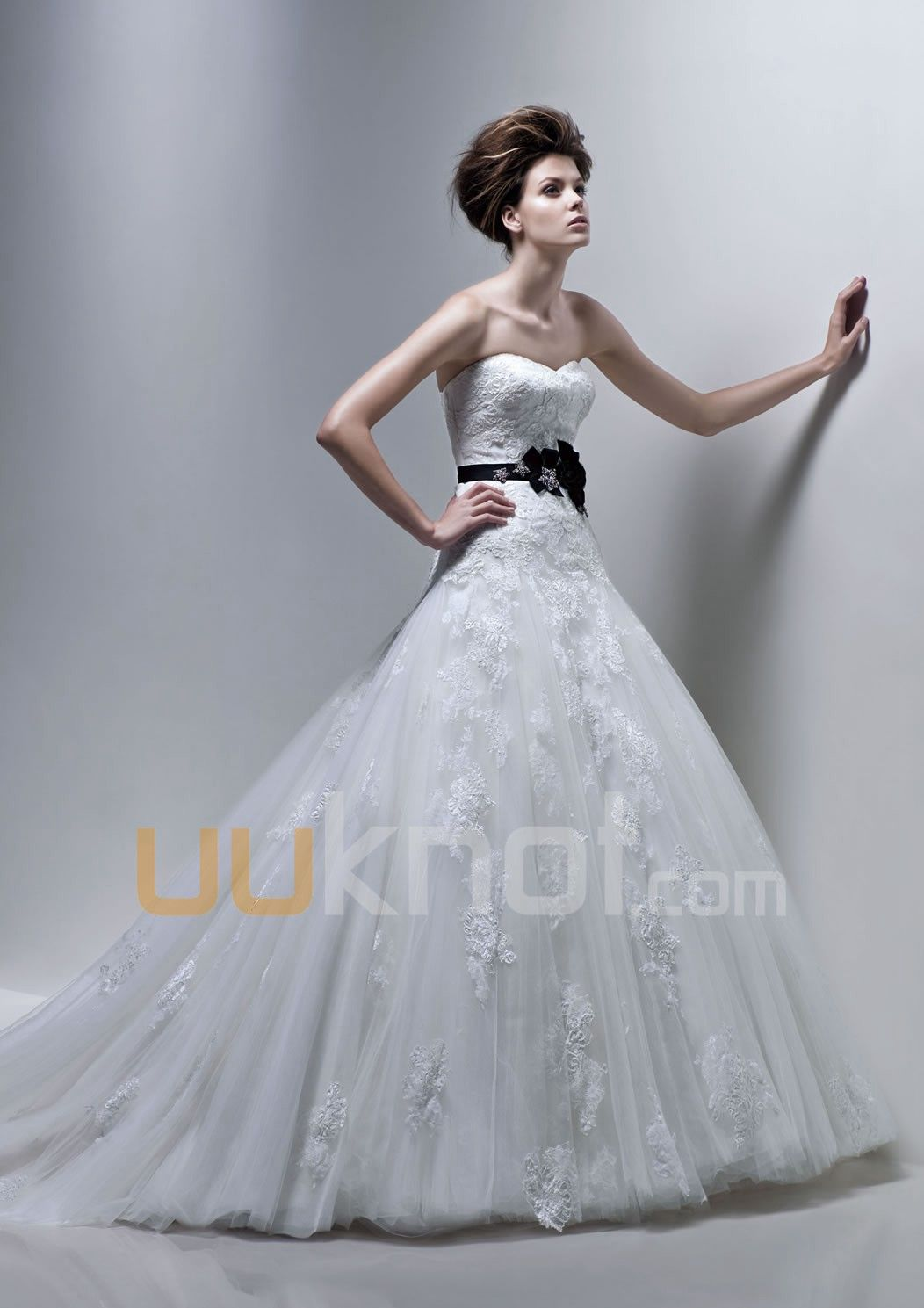 Aline strapless sweetheart lace and tulle wedding dress for bride