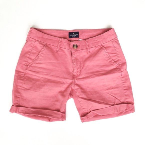 American Eagle Coral Stretch Chino Shorts, Sz 0 Super stretchy and soft fabric. Size 0, but would fit 0, 2, or 4 depending on whether you want a boyfriend or skinny fit. American Eagle Outfitters Shorts