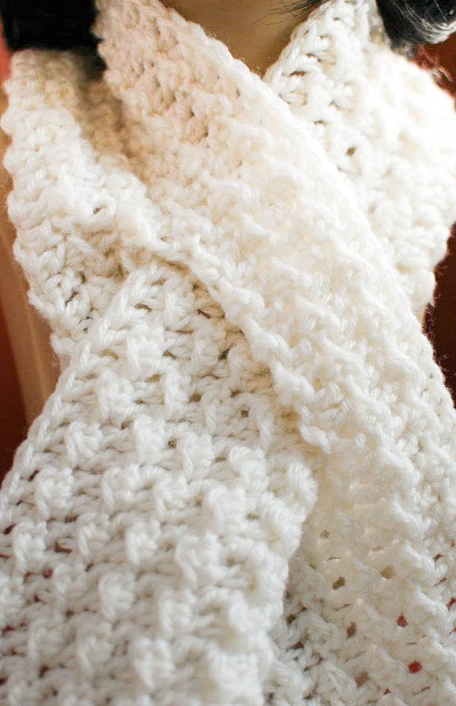 Crochet Pattern - Keyhole Scarf with Spiral Flower