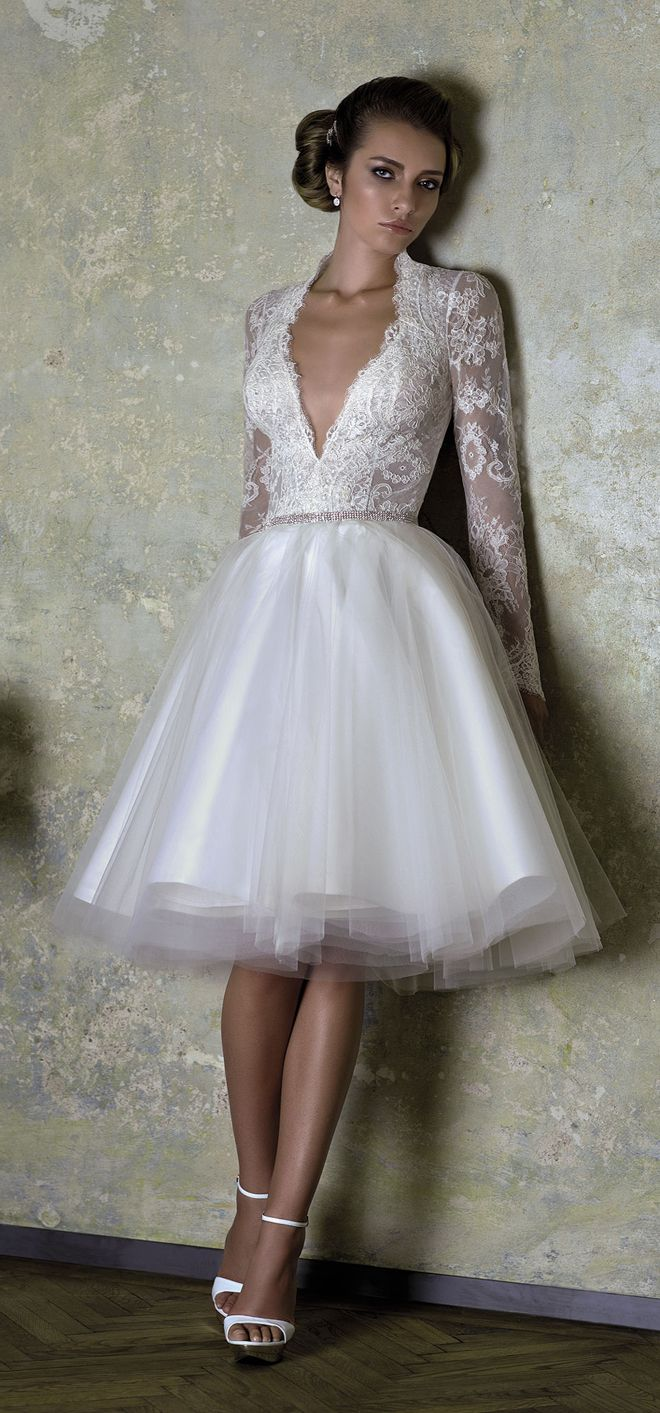 Love Story 2013 By Bien Savvy My Dress Of The Week Belle The Magazine Short Wedding Dress Wedding Dresses Unique Bridal Gowns [ 1413 x 660 Pixel ]