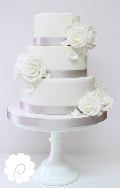elegant white and silver wedding cakes white and silver wedding cake white roses 13999