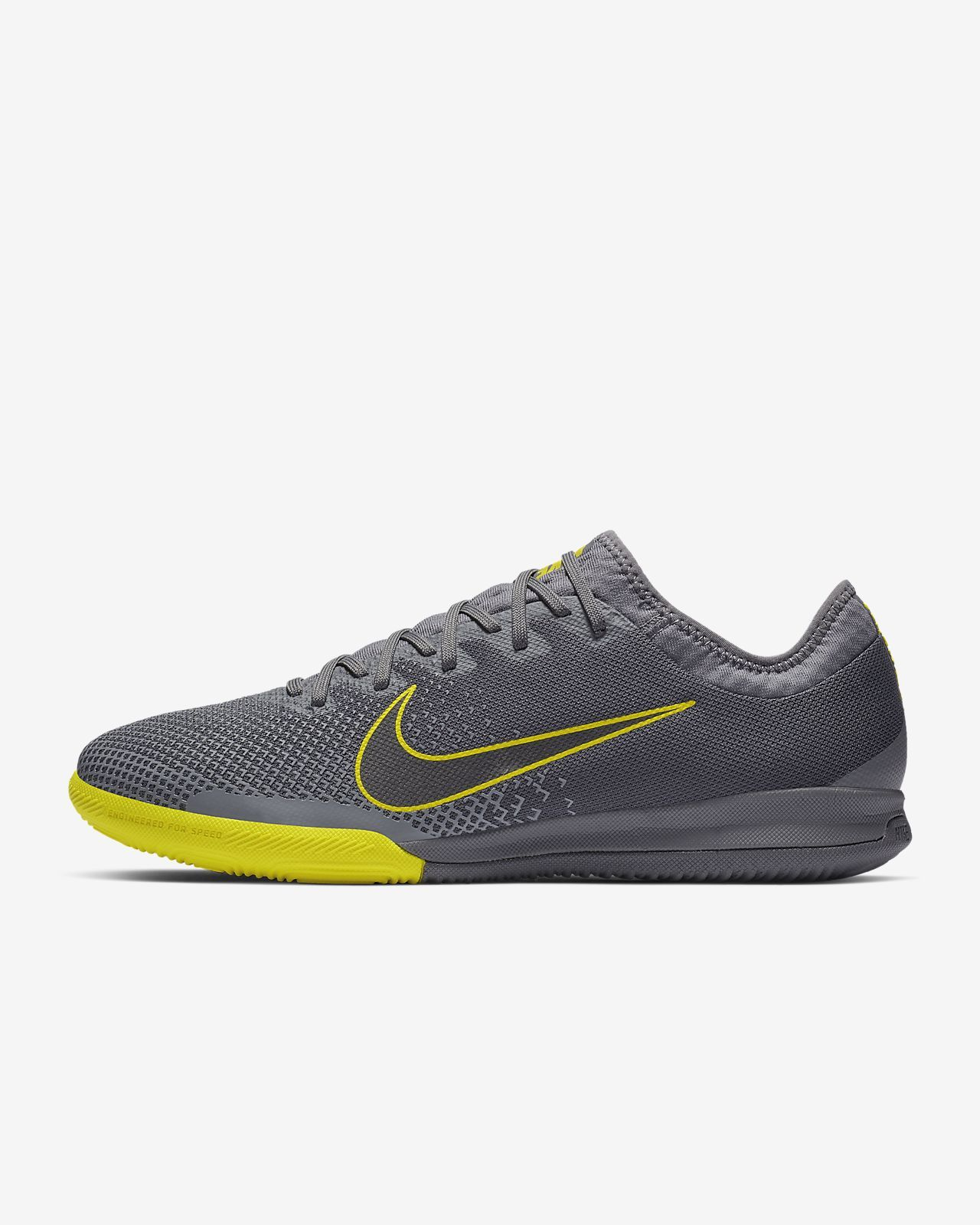 33ce1aa5d6690 Find the Converse Nexus x Nike Zoom Air Low Top Men s Shoe at Nike.com.  Enjoy free shipping and returns with NikePlus.
