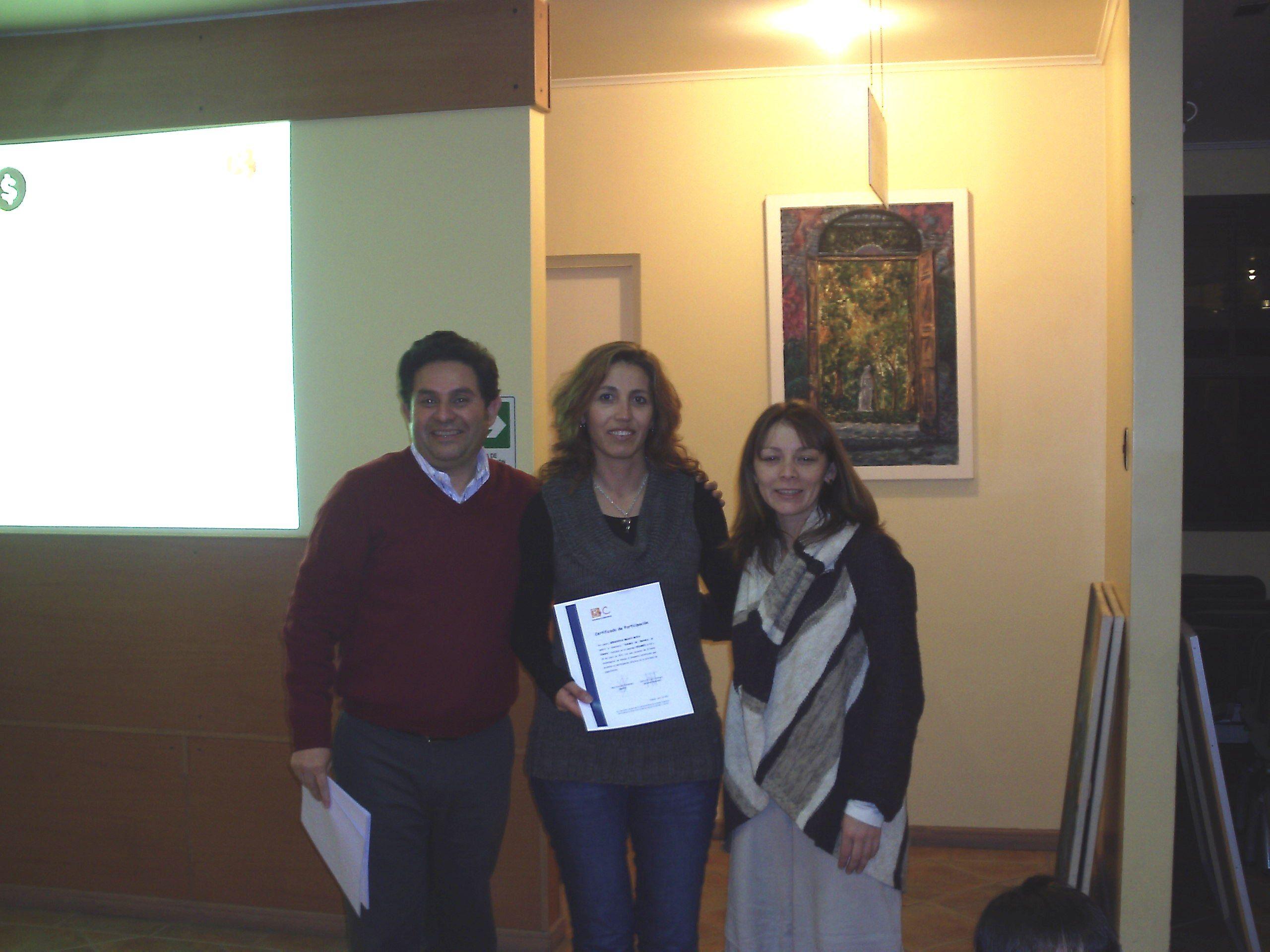 Entrega de diploma participantes grupo 2