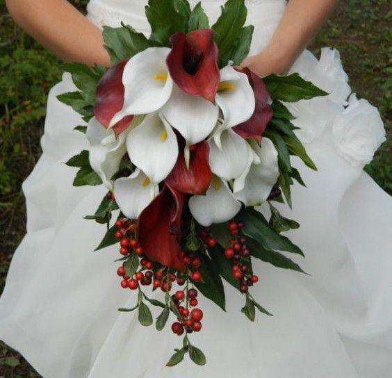 Bouquet Calle Sposa.Calle Bianco E Rosso Bouquet Da Sposa Inverno Fiori Per