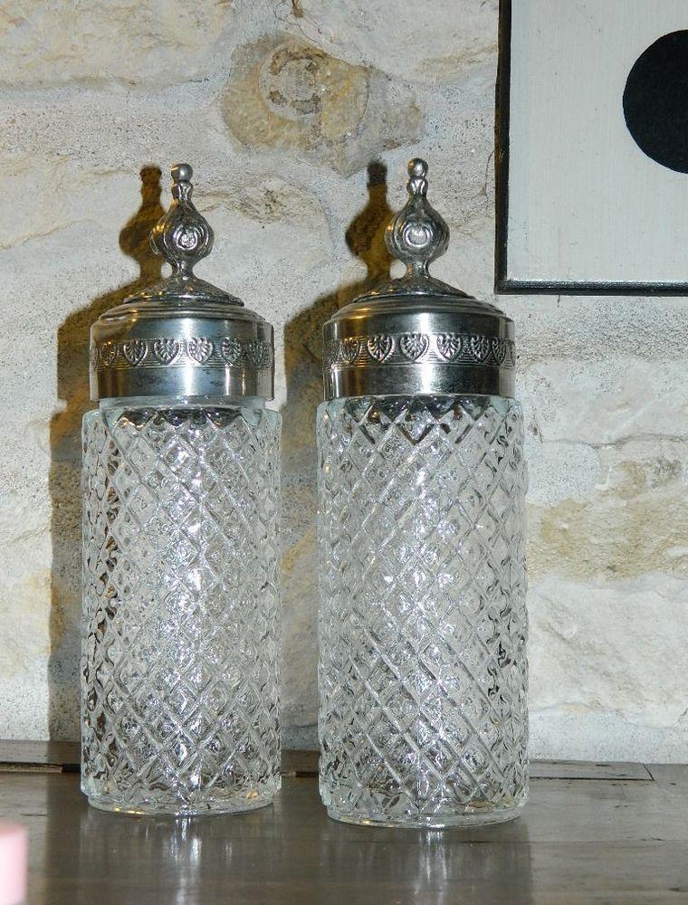 lot de 2 Anciens grands flacons à parfum (...?) art déco