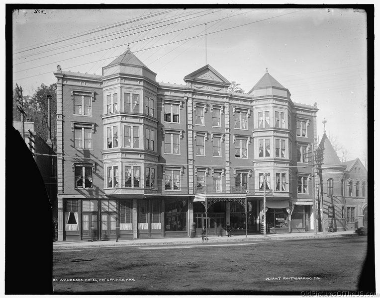 L:\Old Pictures Of The United States\States\Arkansas\Cities\Hot SpringsWaukesha Hotel, Hot Springs, Ark.jpg