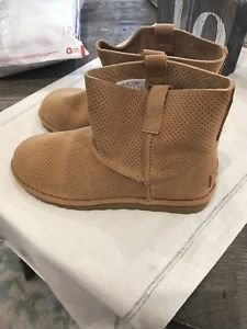 ce3be9486e2 Details about NEW NIB WOMENS SIZE 8 TAWNY UGG 1016852 CLASSIC ...