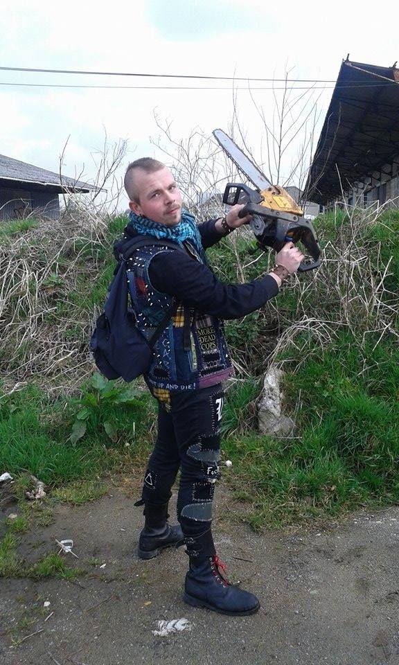 salut aux punks et skins bretons!