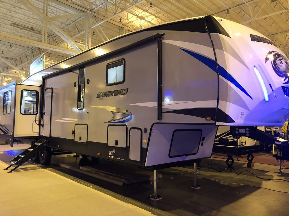 2020 Cherokee Arctic Wolf 3660SUITE 5th Wheel with 2