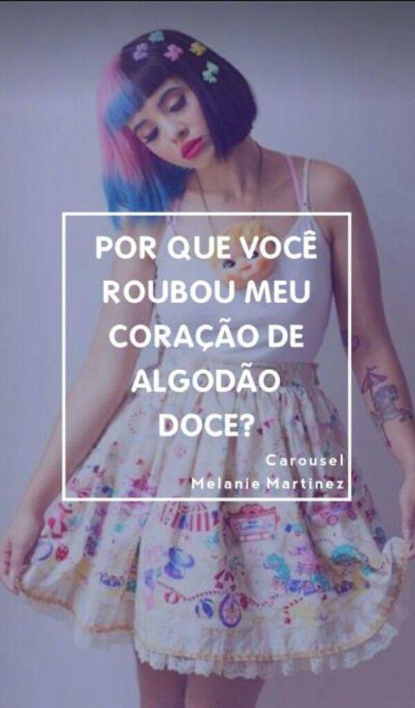 Melanie Martinez Dollhouse Legendas Amarelas T
