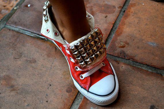 Omg loveeee studded converse :)