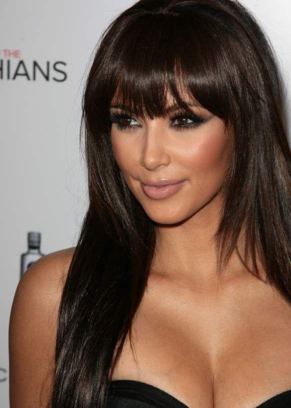 Kim Kardashian Hairstyle Poll Bangs Vs No Bangs Kim Kardashian Hair Long Hair With Bangs Kardashian Hair