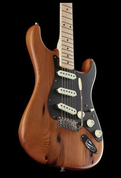 fender am pro vin 39 59 pine strat nat thomann strat guitar guitarist guitars. Black Bedroom Furniture Sets. Home Design Ideas