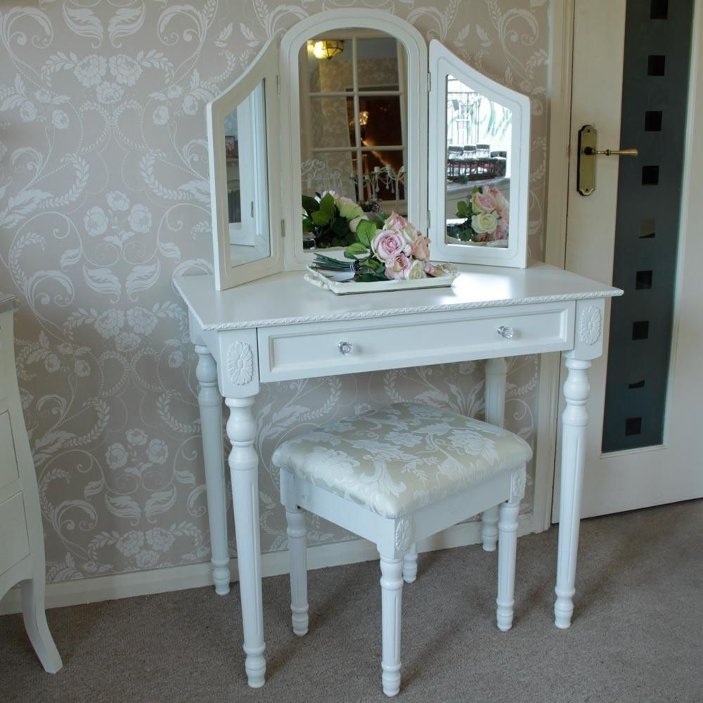 Shabby Chic Cream Bedroom Furniture Arabella Range White Dressing Table With Triple Mirror And Stool