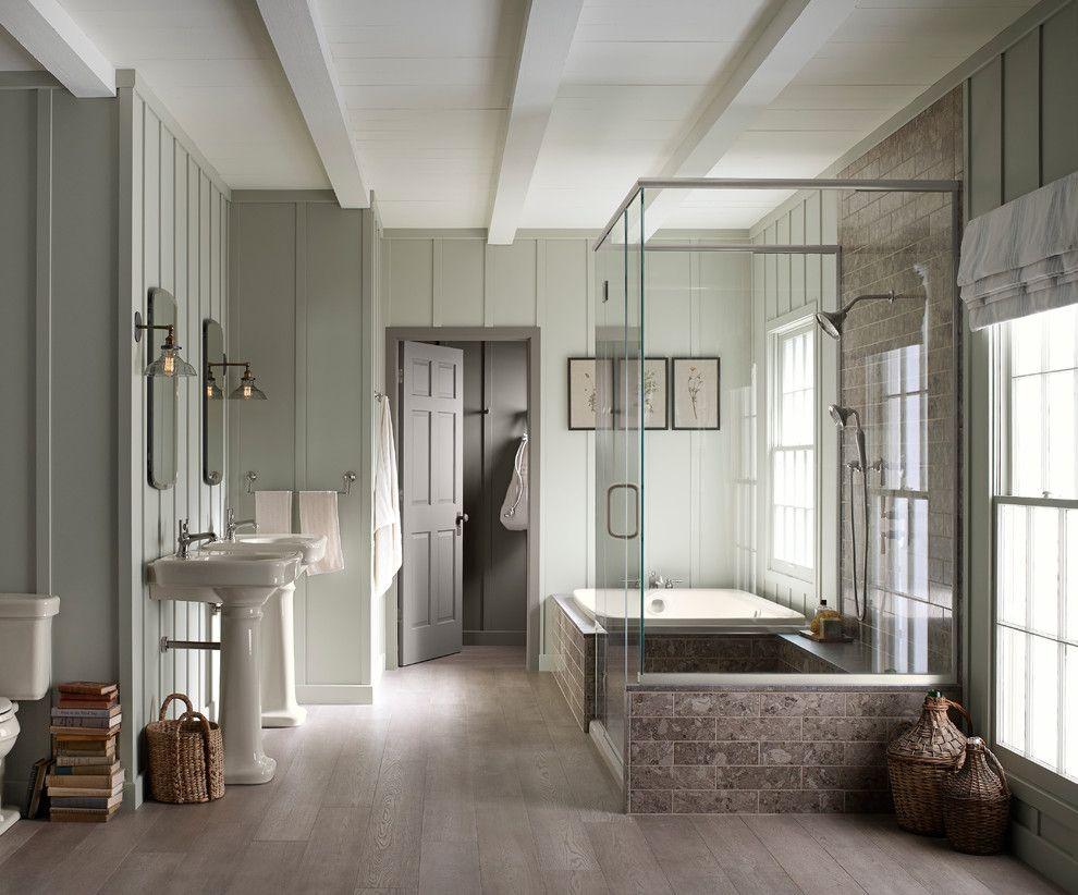 6x6 cedar post bathroom farmhouse with light brown wood floors 6x6 cedar post bathroom farmhouse with light brown dailygadgetfo Image collections